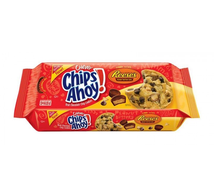 Chips Ahoy! Chewy Cookies with Reese's Peanut Butter Cups (269g)